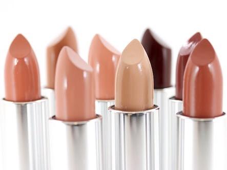 Pina Brandi | How to use makeup: protocol or fun?